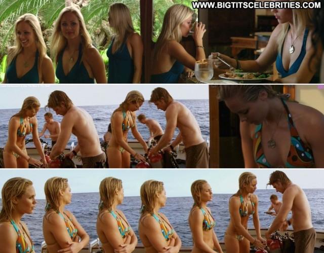 Laura Vandervoort Into The Blue   The Reef Posing Hot Blonde