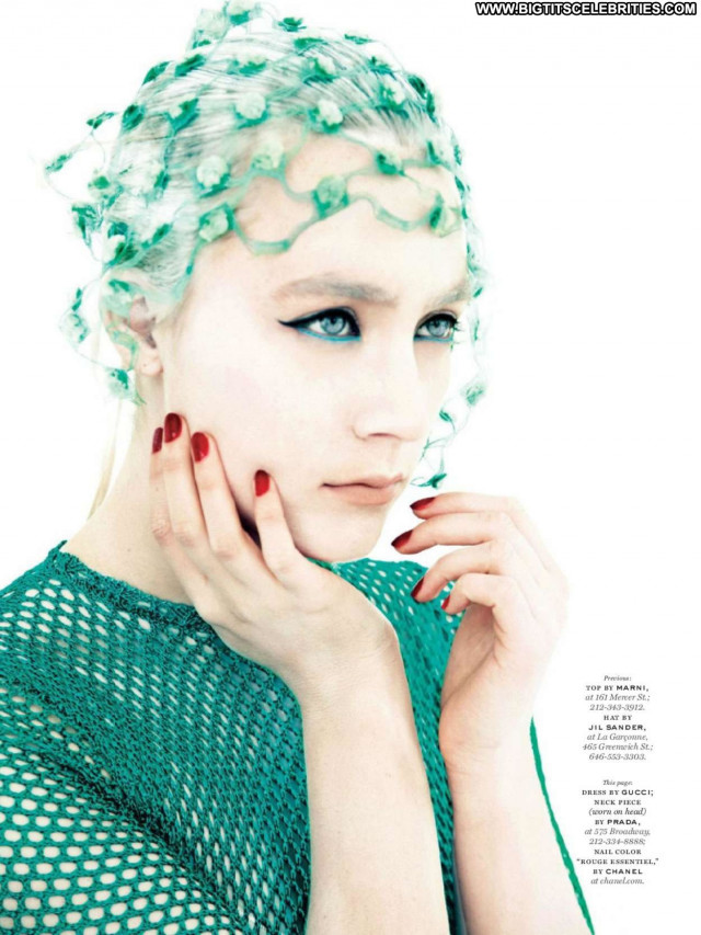 Saoirse Ronan Vanity Fair Babe New York Magazine Posing Hot Beautiful