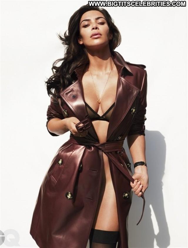 Kim Kardashian Babe Jamaican Jamaica Live Bar Nude Famous Posing Hot