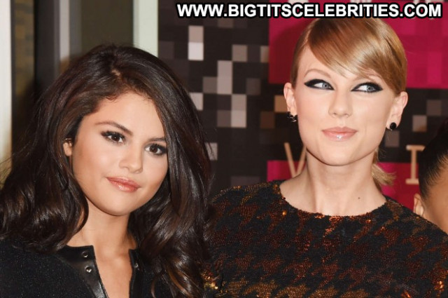 Selena Gomez Los Angeles Los Angeles Paparazzi Celebrity Babe Angel