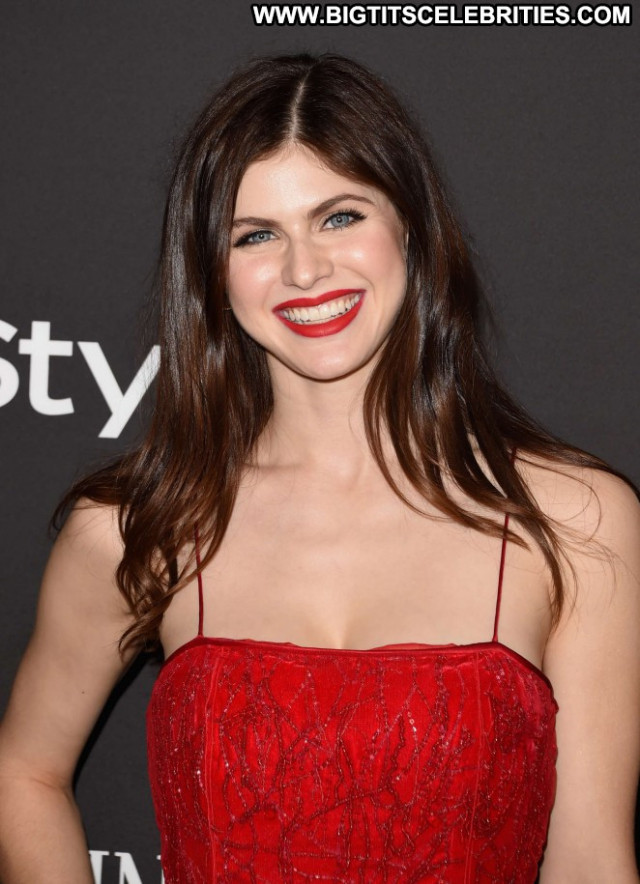 Alexandra Daddario Beverly Hills Party Dad Posing Hot Babe Celebrity