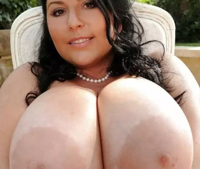 Milf With Natural Naked Tits