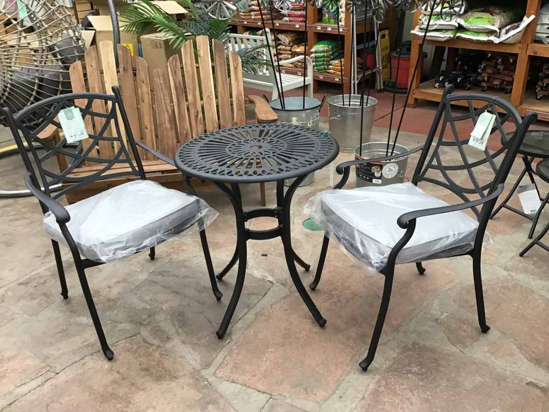 St Tropez Table and Chairs