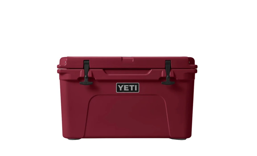 Yeti Cooler in Harvest Red
