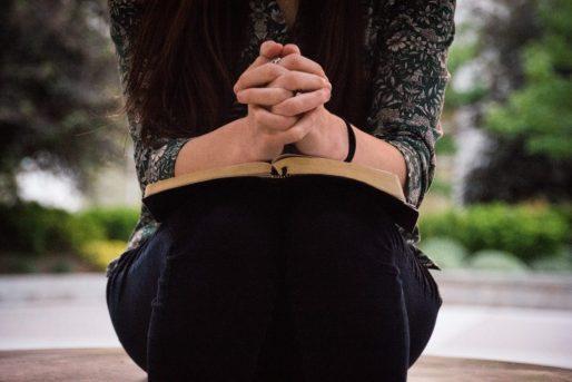 bidden, Bijbellezen, YouVersion leesplannen
