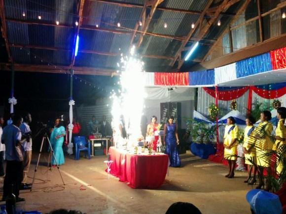 Vuurwerk_bruidstaart_Biharamulo
