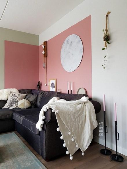 woonkamer gezellig inrichten met nieuwe kleuren en accessoires