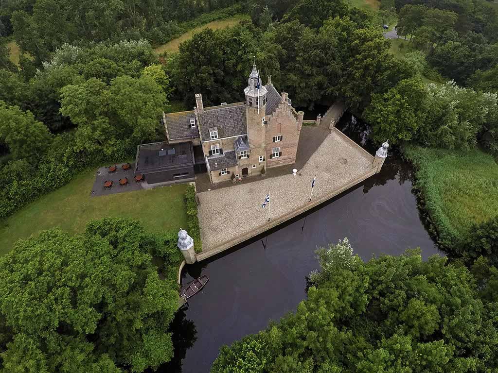 Bijzondere Overnachting Origineel Overnachten Slapen in een kasteel aan de Zeeuwse kust Fletcher Hotel Renesse1