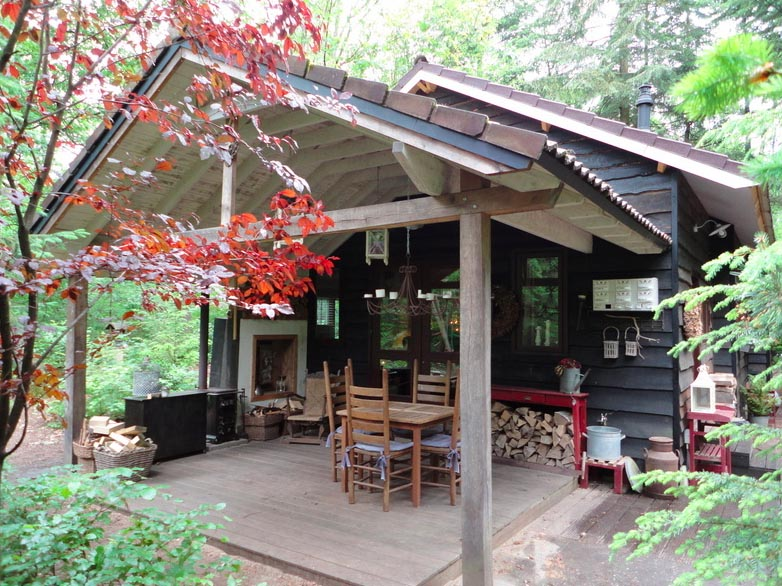 Bijzondere Overnachting Origingeel Overnachten Slapen in de bossen in een boshuisje op de Veluwe1