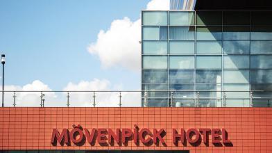 Bijzondere Overnachting Origineel Overnachten Movenpick City Centre Hotel Amsterdam uizicht over Amsterdam9