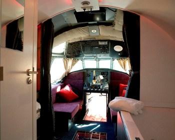 Bijzondere Overnachting Origineel Overnachten Slapen in een vliegtuig Brequet Atlantic 1150 in het Brabantse Mill12