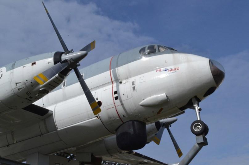 Bijzondere Overnachting Origineel Overnachten Slapen in een vliegtuig Brequet Atlantic 1150 in het Brabantse Mill2
