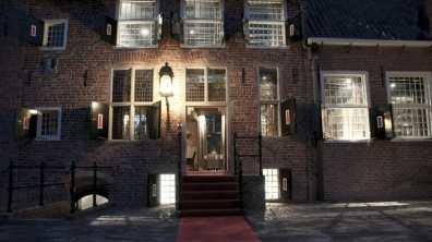 Bijzondere Overnachting Design Hotel Kasteel Coevorden2