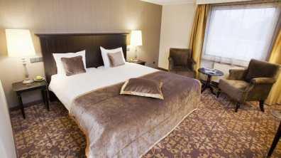 Bijzondere Overnachting Bilderberg Hotel Kasteel Chateau Holtmuhle Limburg Tegelen4