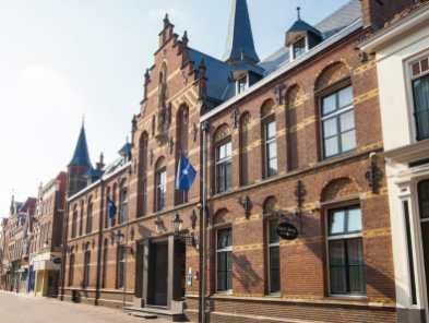 Bijzondere Overnachting Origineel Overnachten voormalige kerk Fletcher Hotel Gilde Deventer15