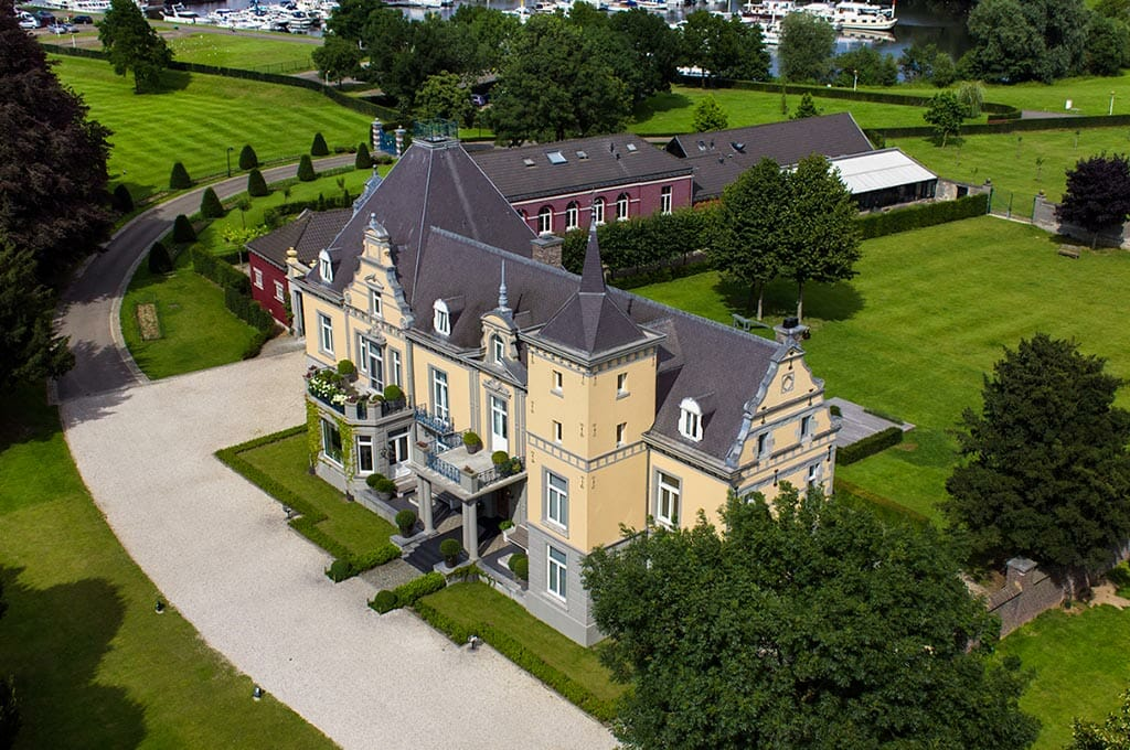 Bijzondere Overnachting Slapen in Kasteel Hoogenweerth Maastricht Limburg2