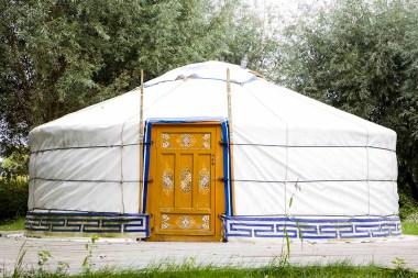 Bijzondere Overnachting Slapen in een Yurt met bad in Drenthe bij Emmen2