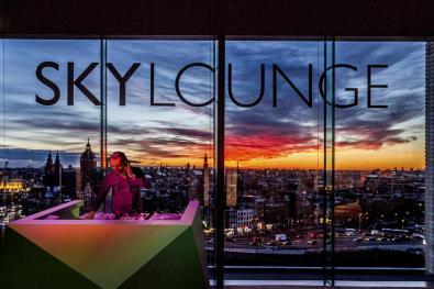 Bijzondere Overnachting Origineel Overnachten Double Tree by Hilton Hotels met prachtig uitzicht over Amsterdam14