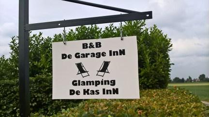 Bijzondere Overnachting Origineel Overnachten Slapen in een kas - De KasInn in het Brabantse Hank13