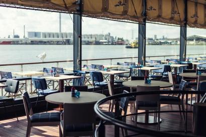 Bijzondere Overnachting Origineel Overnachten Uitzicht over de Maas bij het Delta Hotel in Vlaardingen8