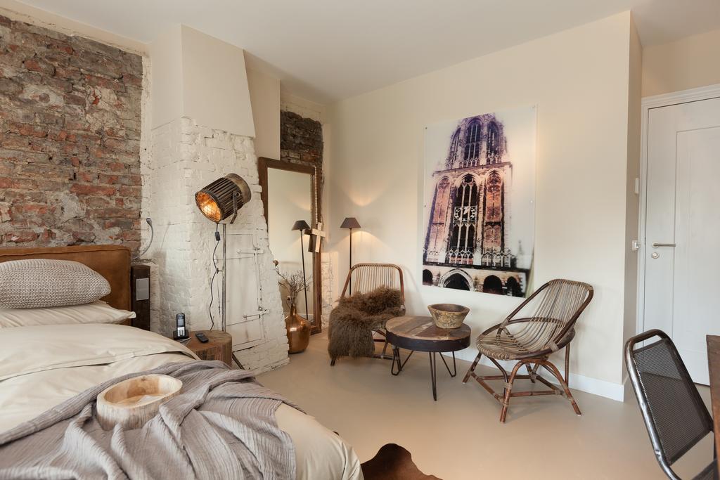 Bijzondere Overnachting Origineel Overnachting Mother Goose designhotel in Utrecht met uitzicht op de Dom4
