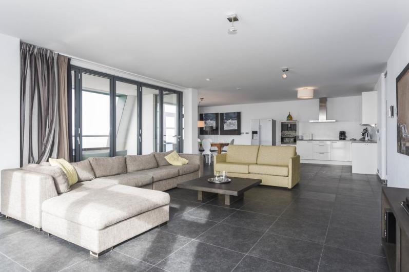 Bijzondere Overnachting Origineel Overnachten Luxe penthouse direct aan het strand van Bloemendaal aan Zee18