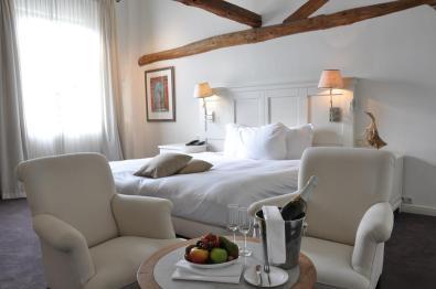 Bijzondere Overnachting Origineel Overnachten Limburgs kasteelhotel in Sandton Chateau De Raay14
