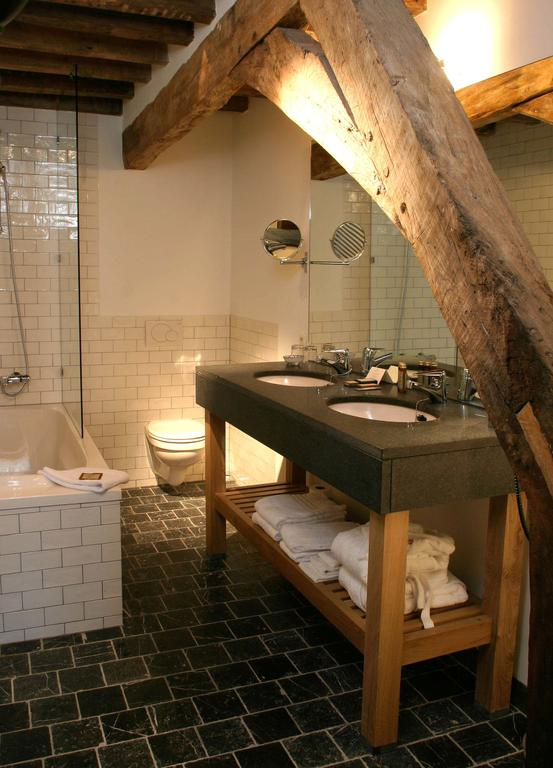 Bijzondere Overnachting Origineel Overnachten Limburgs kasteelhotel in Sandton Chateau De Raay5