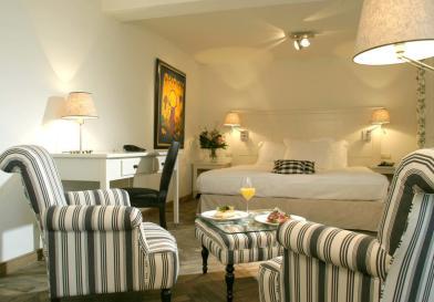 Bijzondere Overnachting Origineel Overnachten Limburgs kasteelhotel in Sandton Chateau De Raay7