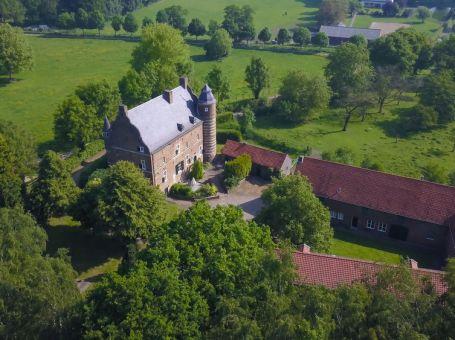 Slapen in Limburgs Kasteel Grasbroek Guttecoven