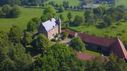 Bijzondere Overnachting Origineel Overnachten Slapen in Limburgs Kasteel Grasbroek Guttecoven20