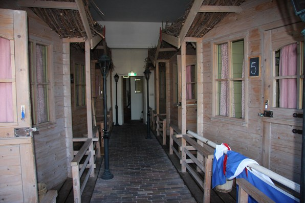 Bijzondere Overnachting Origineel Overnachten Slapen in een herberg uit grootmoeders tijd in Workum1