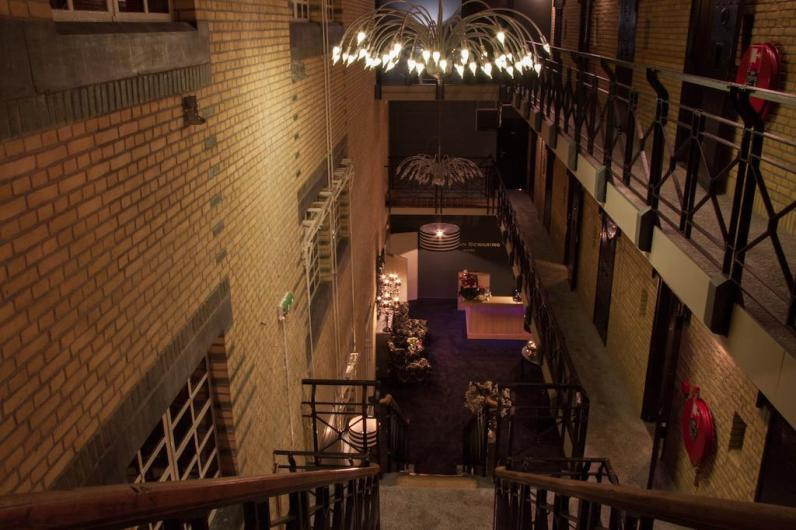 Bijzondere Overnachting Origineel Overnachten Slapen in voormalig gevangenis Hotel Huis van Bewaring in Almelo13