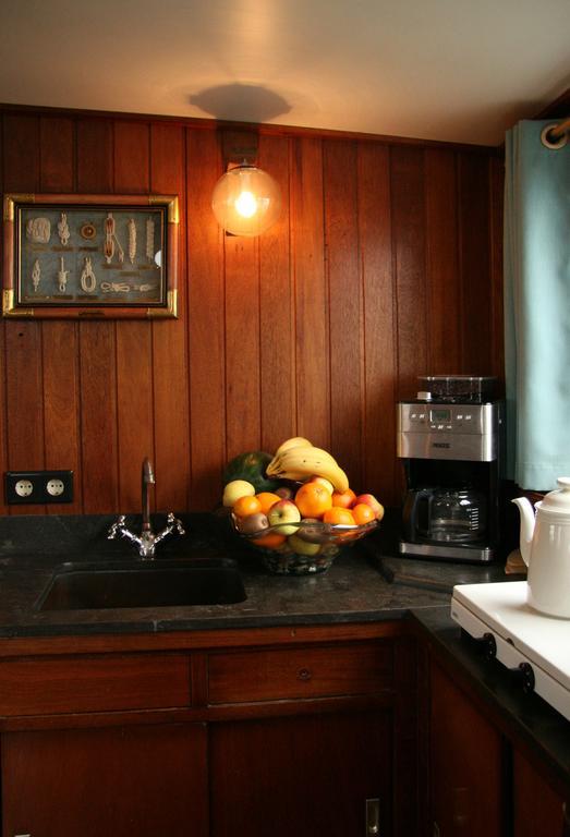 Bijzondere Overnachting Origineel Overnachten Slapen op Bed and Breakfast schip Opoe Sientje Nijmegen8