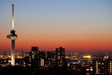 Bijzondere overnachting Romantisch overnachten in de Euromast te Rotterdam 3