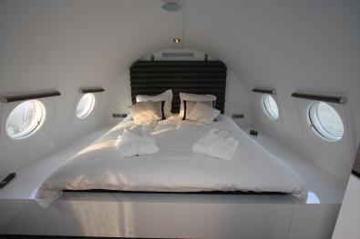Bijzondere Overnachting Origineel Overnachten Slapen in een vliegtuigsuite op vliegveld Teuge6