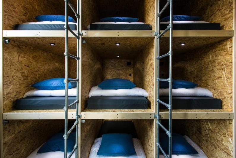 Bijzondere Overnachting Origineel Overnachten Voormalig gevangenis Alibi Hostel in Leeuwarden 14