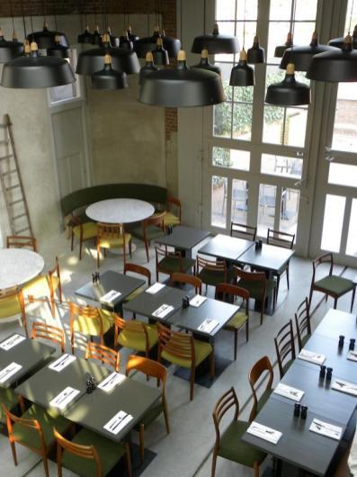 Slapen in voormalig tramremise Hotel De Hallen Amsterdam 8