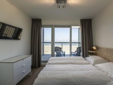 Slapen op het strand in een strandhuisje Landal Beach Villa Hoek van Holland 5