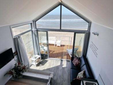 Slapen op het strand in een strandhuisje Landal Julianadorp aan zee Ooghduyne 3