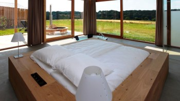 Luxe natuurhuis met hottub en jacuzzi Sint Geertruid Limburg 9