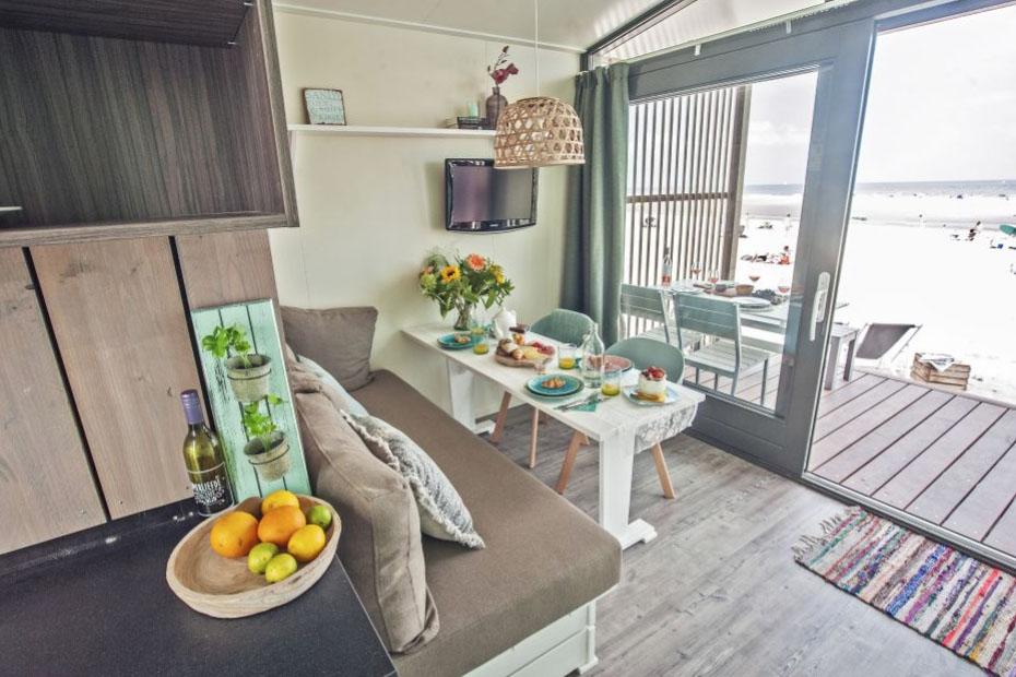 Slapen in Haags strandhuisje in Roompot Kijkduin 1