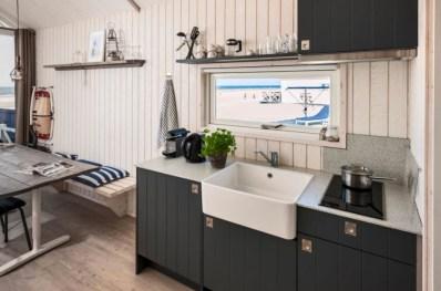 Slapen in Haags strandhuisje in Roompot Kijkduin 15
