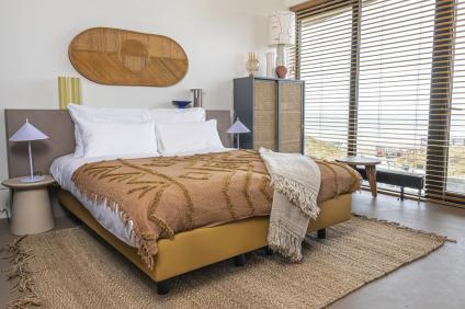 Strandhotel Zoomers Castricum met uitzicht op strand en zee 14