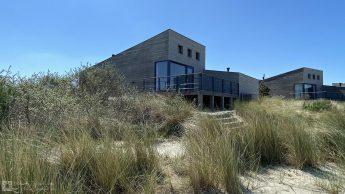 Luxe villa direct aan het strand van Ouddorp
