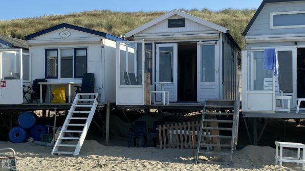 Slapen op het strand particuliere strandhuisjes in Zeeland - Vlissingen 2