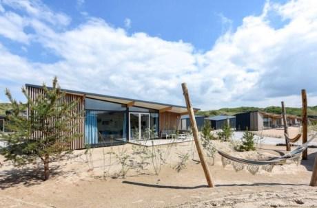 Strandhuisje in de duinen van Bloemendaal