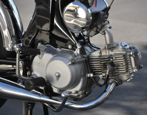 1968 Honda S90 - Engine