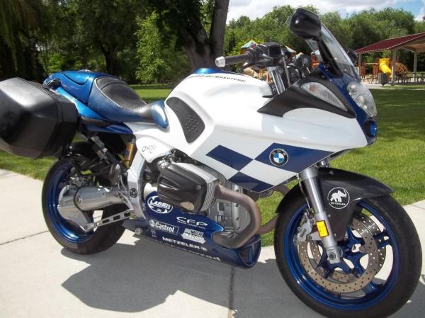 2004 BMW R1100S Boxer Cup Replika Bikeurious