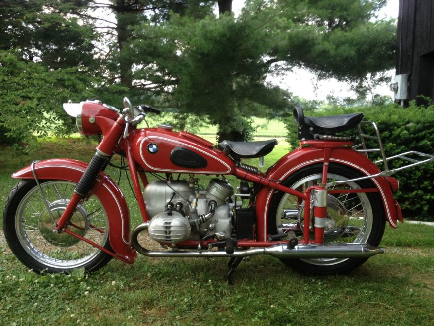 A Lovely Shade of Red – 1954 BMW R67/2 – Bike-urious